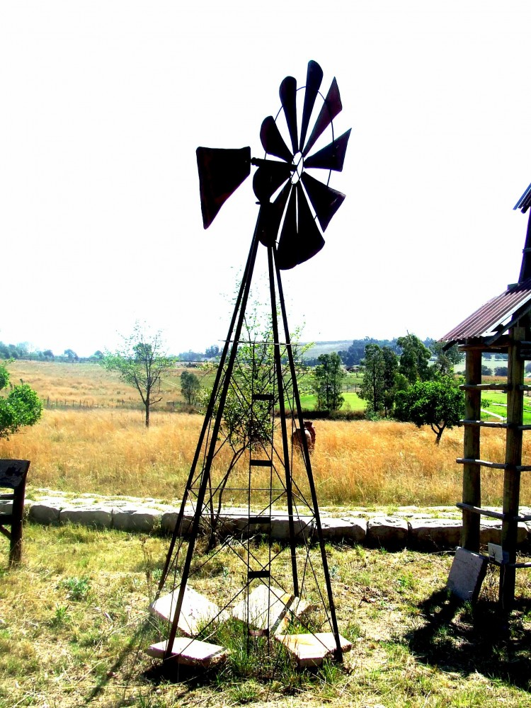 Wind pump mill